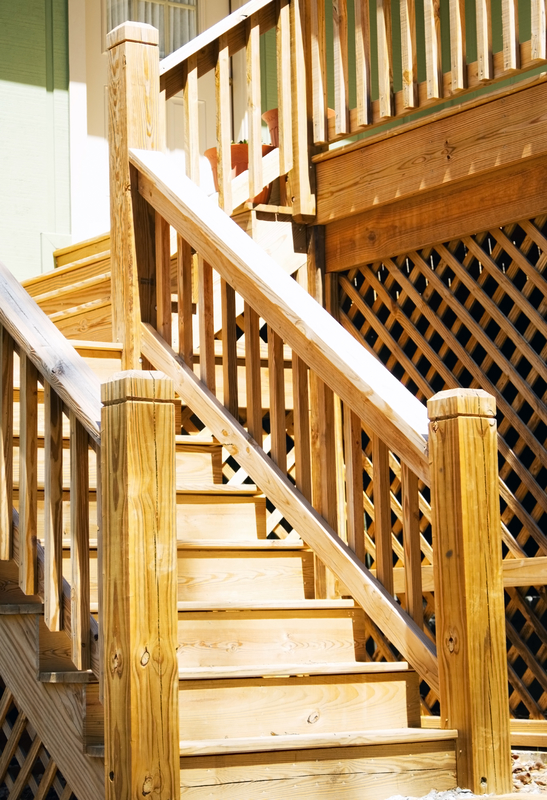 All About Deck Steps - Econo Decks - Decks and Fence Services - Featured Image