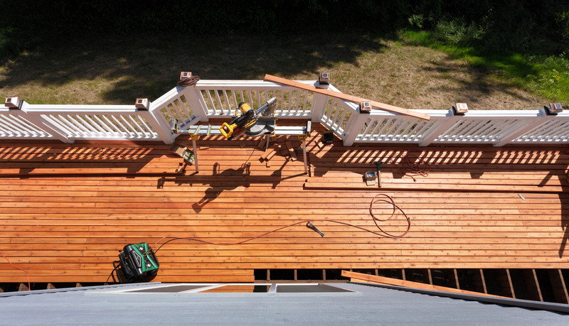 What's the best Wood for my Deck? - Econo Decks - Deck and Fence Services - Featured Image
